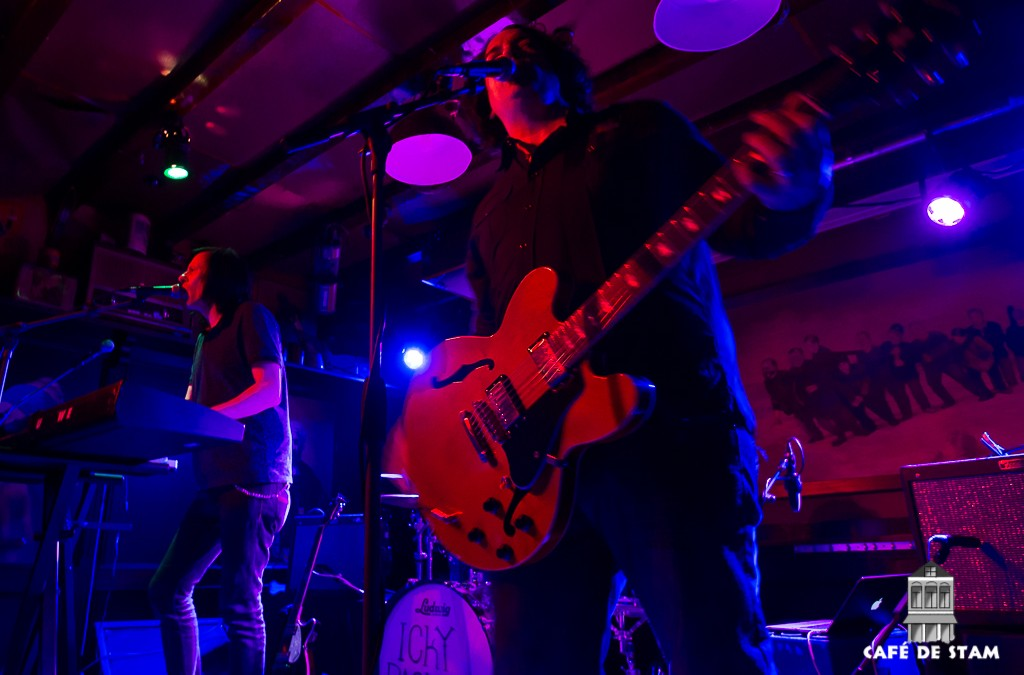 Optreden the Posies met support Icky Pack